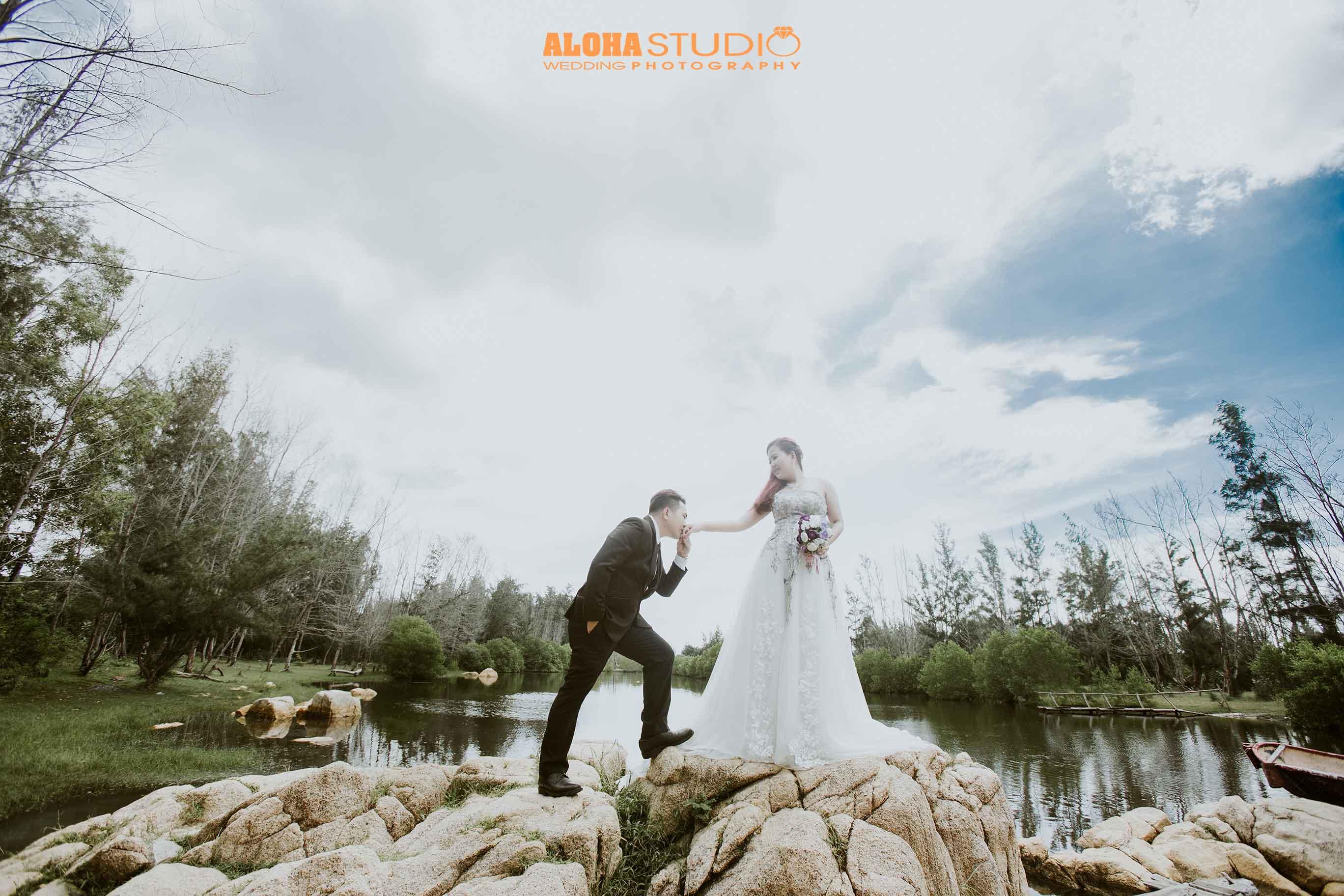 Cập nhật giá mới nhất gói chụp hình cưới hồ cốc trọn gói
