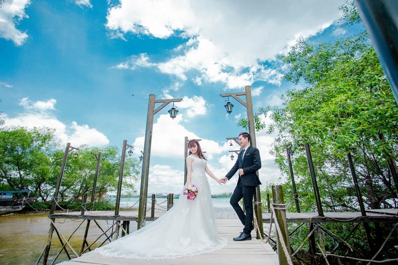 Lựa chọn đồ cưới khi chụp hình cưới ngoại cảnh