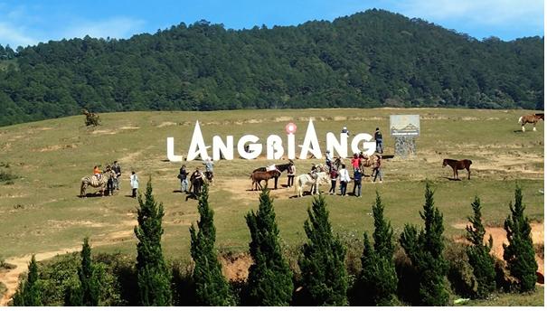 Địa điểm chụp hình cưới tại Đà Lạt LangBiang