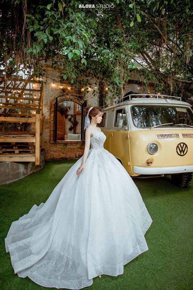 May váy cưới giá bao nhiêu