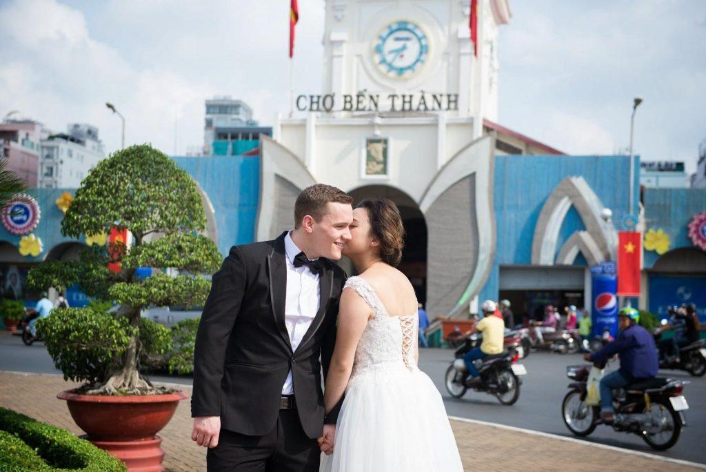 Địa điểm chụp hình cưới tại bến thành