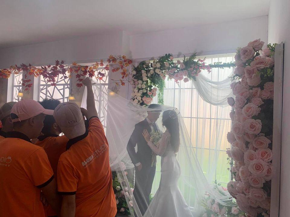 Hậu trường chụp ảnh cưới Hàn Quốc phim trường mini Aloha Studio
