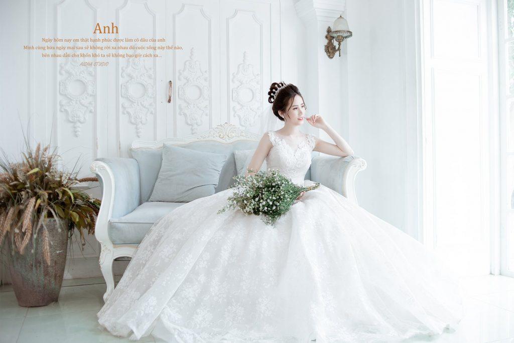 váy cưới cô dâu chụp ảnh cưới phong cách Hàn Quốc tại Aloha Studio
