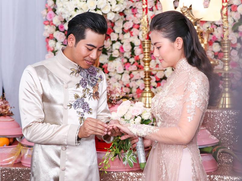 Nghi thức trao nhẫn cưới theo phong tục Việt