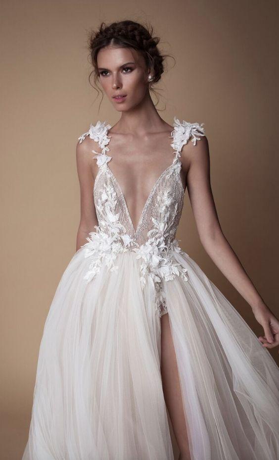 váy cưới 2 dây