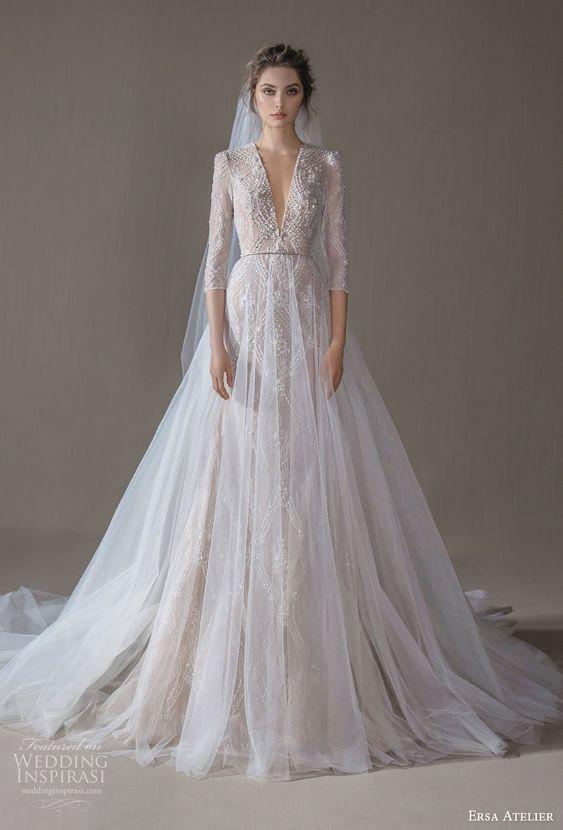 váy cưới cổ V chữ A