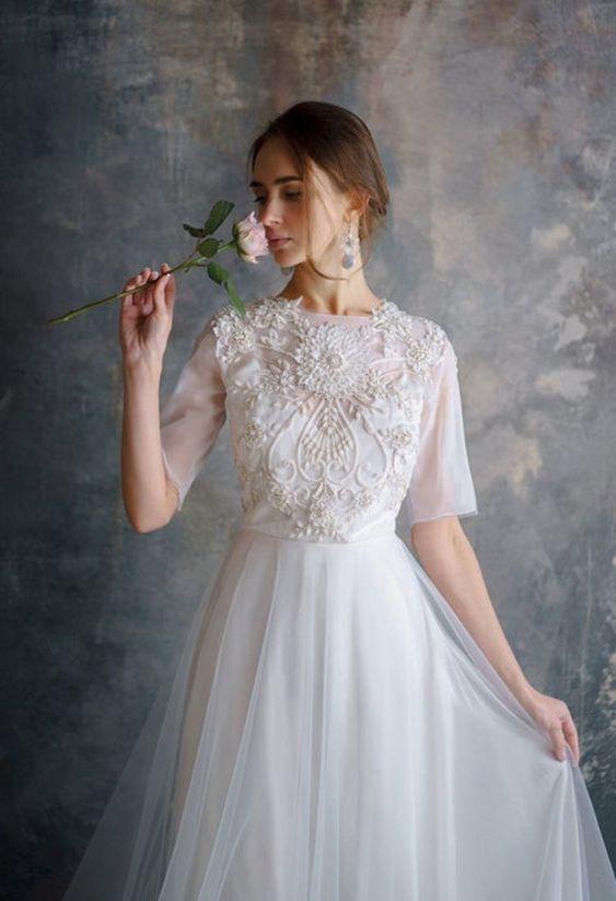váy cưới chữ A tay con
