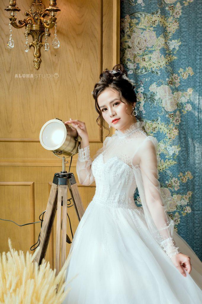 váy cưới dáng suông 2