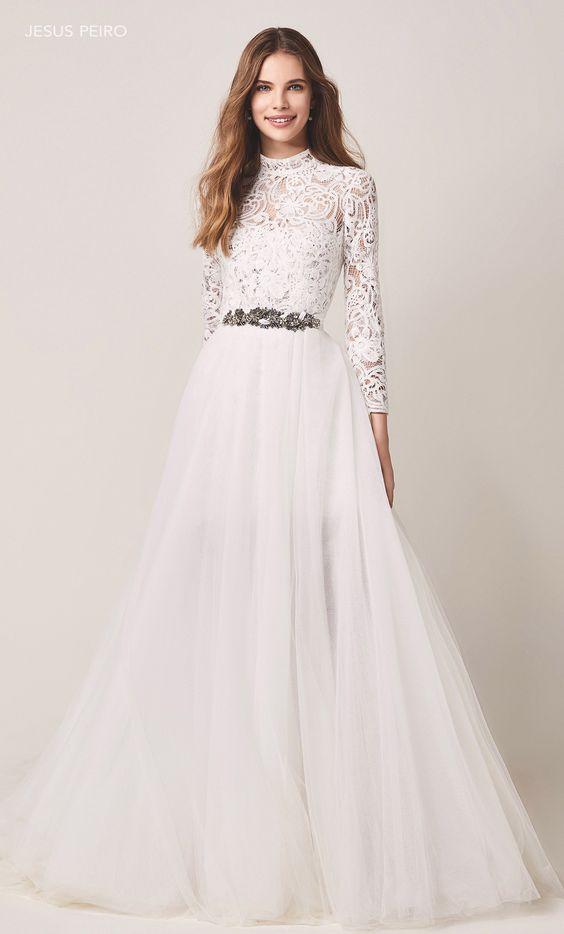 váy cưới dáng suông thanh lịch
