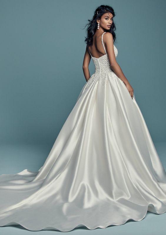 váy cưới lụa phi bóng
