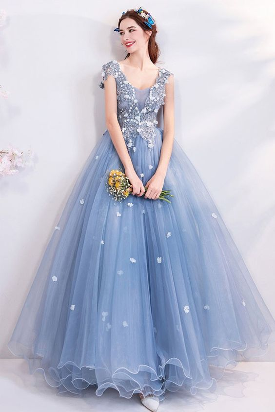 váy cưới màu xanh dương 1