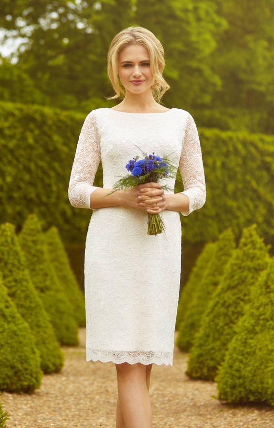 váy cưới ngắn thanh lịch