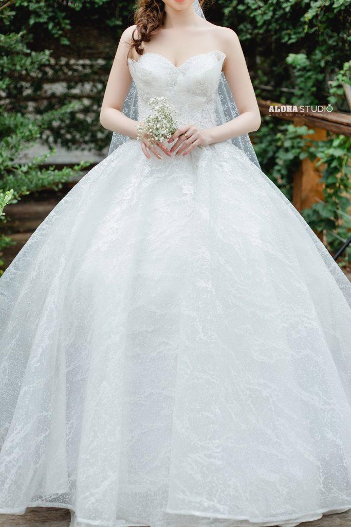 váy cưới xòe bồng công chúa