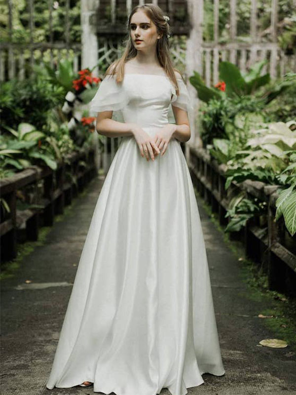 Váy cưới phi trơn chữ A