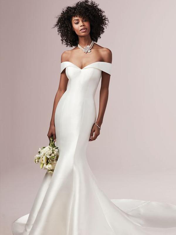 Váy cưới phi trơn đuôi cá