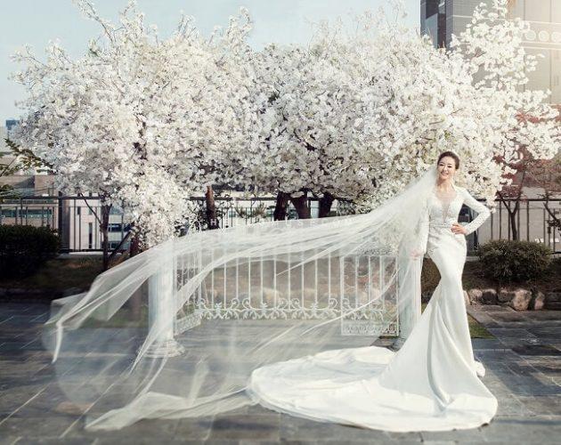 Áo cưới ôm body