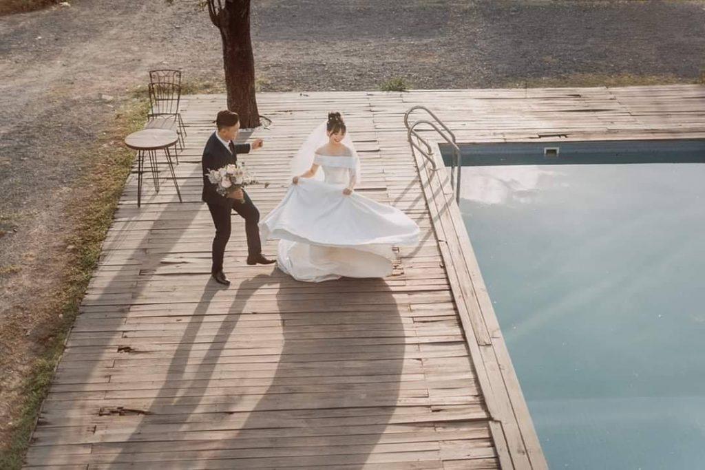bể bơi với thiết kế lạ với vẻ đẹp cổ điển