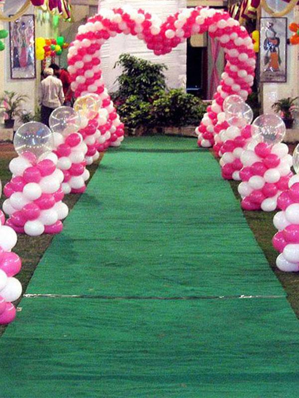 Sân khấu đám cưới bằng bong bóng