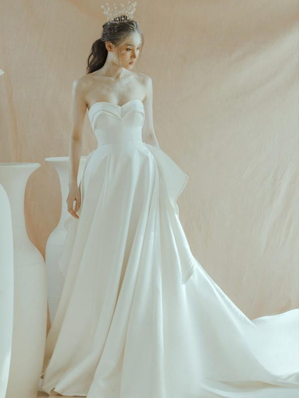 Váy cưới dạ hội cúp ngực