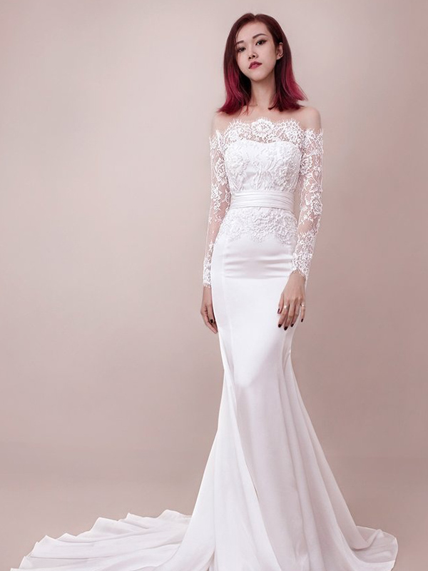 Váy cưới dạ hội trễ vai