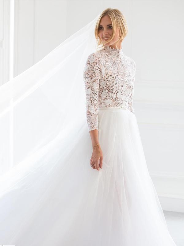 Một trong những chiếc váy cưới đẹp nhất thế giới