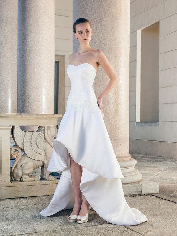 Váy cưới Mullet