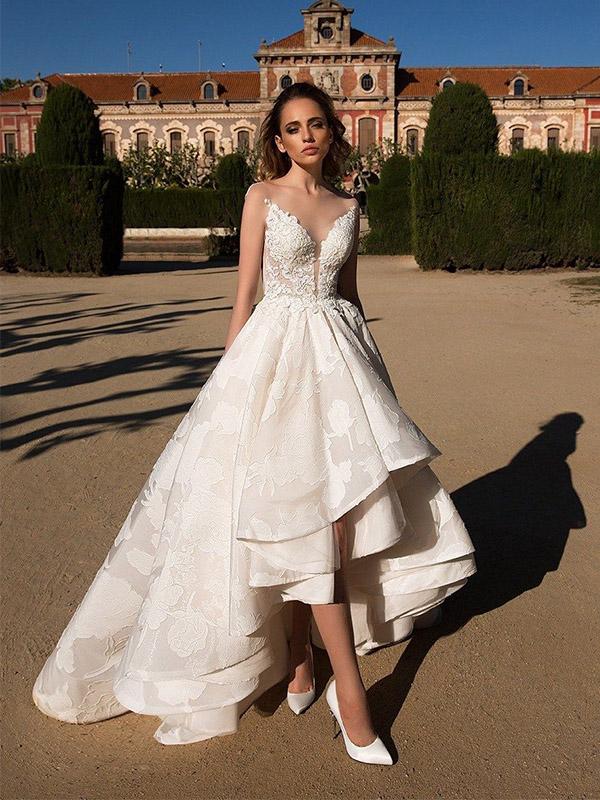 Váy cưới Mullet bồng bềnh